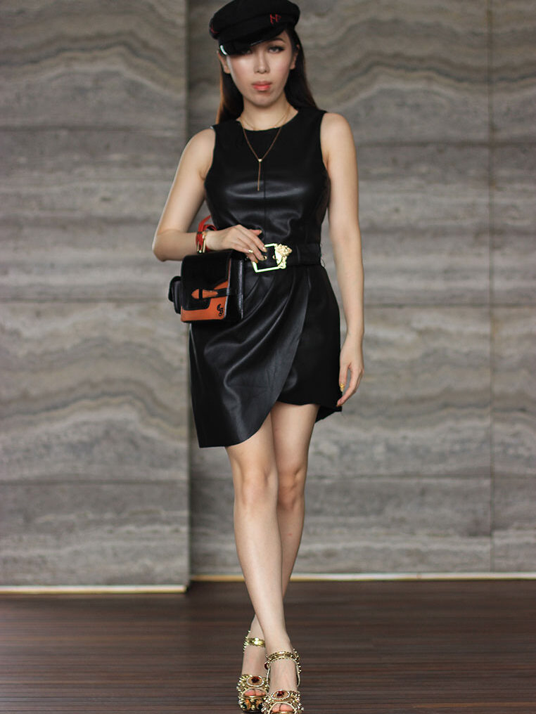 gabriel pouch1 CSHEON Fashion Designer