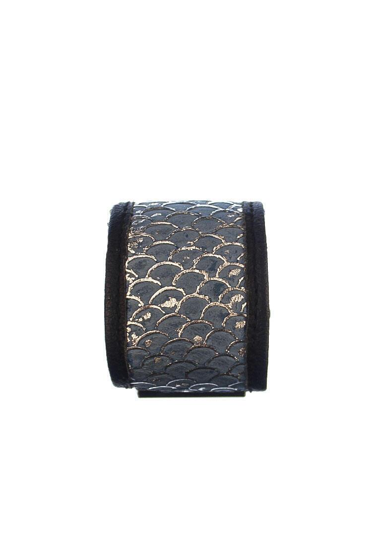 Riana Cuff Silver Tri Fish Skin Leather