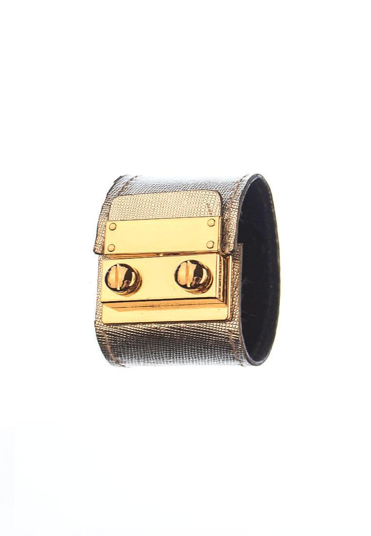 rh174 1 CSHEON Silver Saffiano Leather Cuff Bracelet Unisex