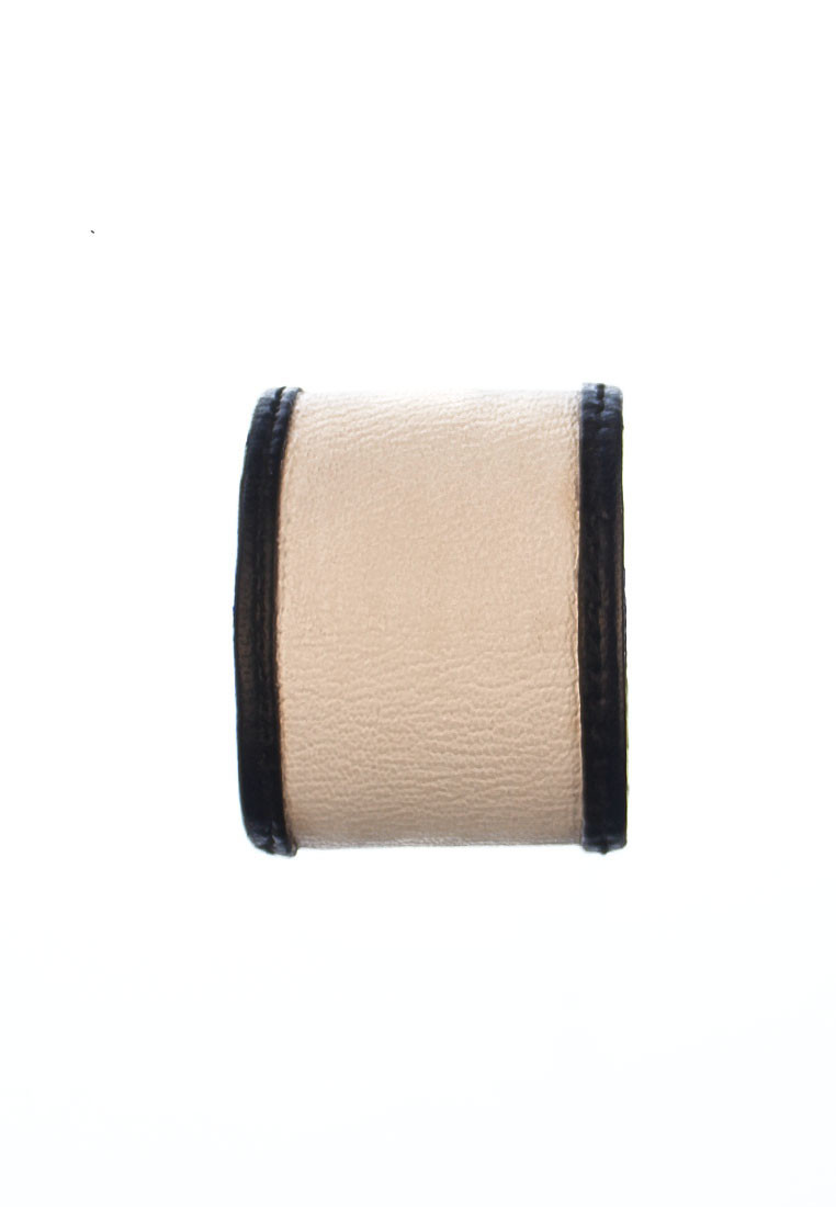 whitebeige cuff leather2
