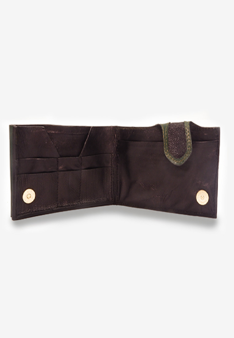 Sting Ray Pearl Leather Cheque Clutch