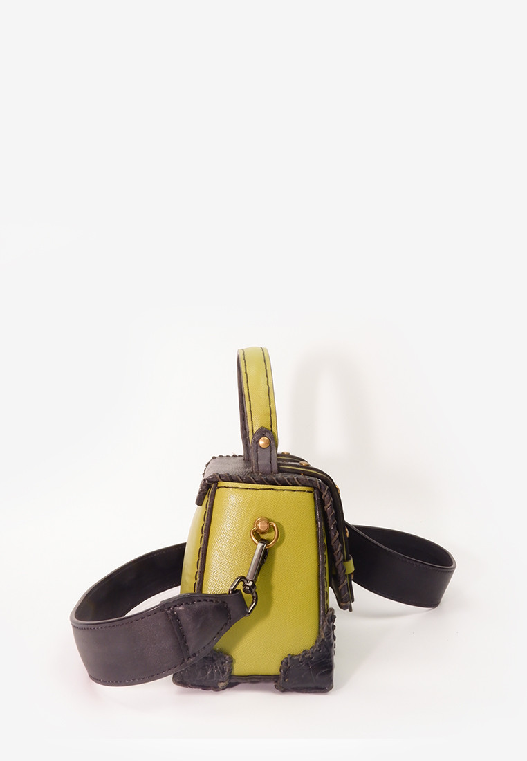 Wella Green Bag With Long Strap